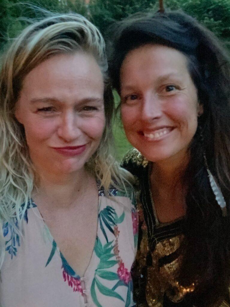 Kirsten en Fran at The Juice